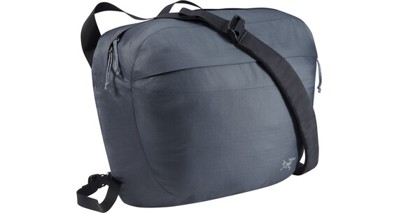 Arc'teryx Lunara 17 Bag Gunmetal